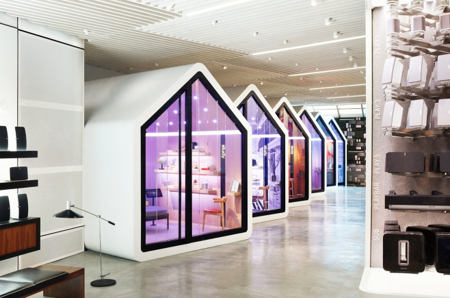 sonos-view-from-front-of-store-2016-billboard-1548