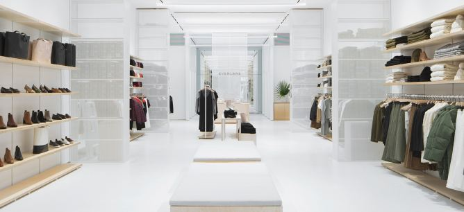 Everlane Store Fashion Retail Customer Experience